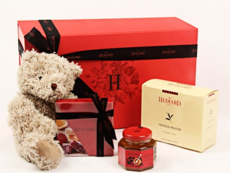 New Born Celebratory Hamper by Hediard