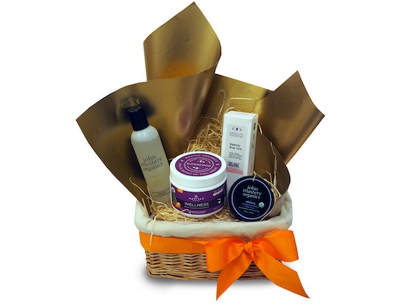 Mummy Pamper Me Hamper by SuperNature