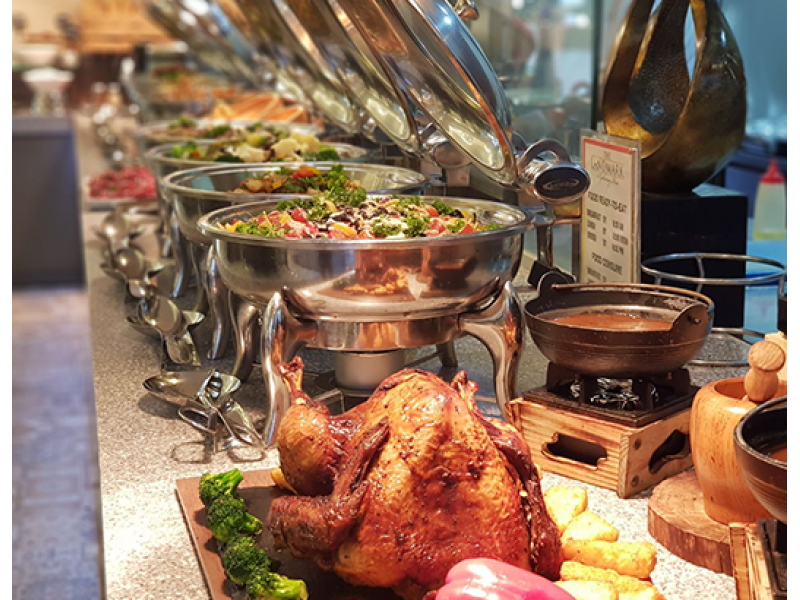 Halal Dinner Buffet For Two at The Landmark